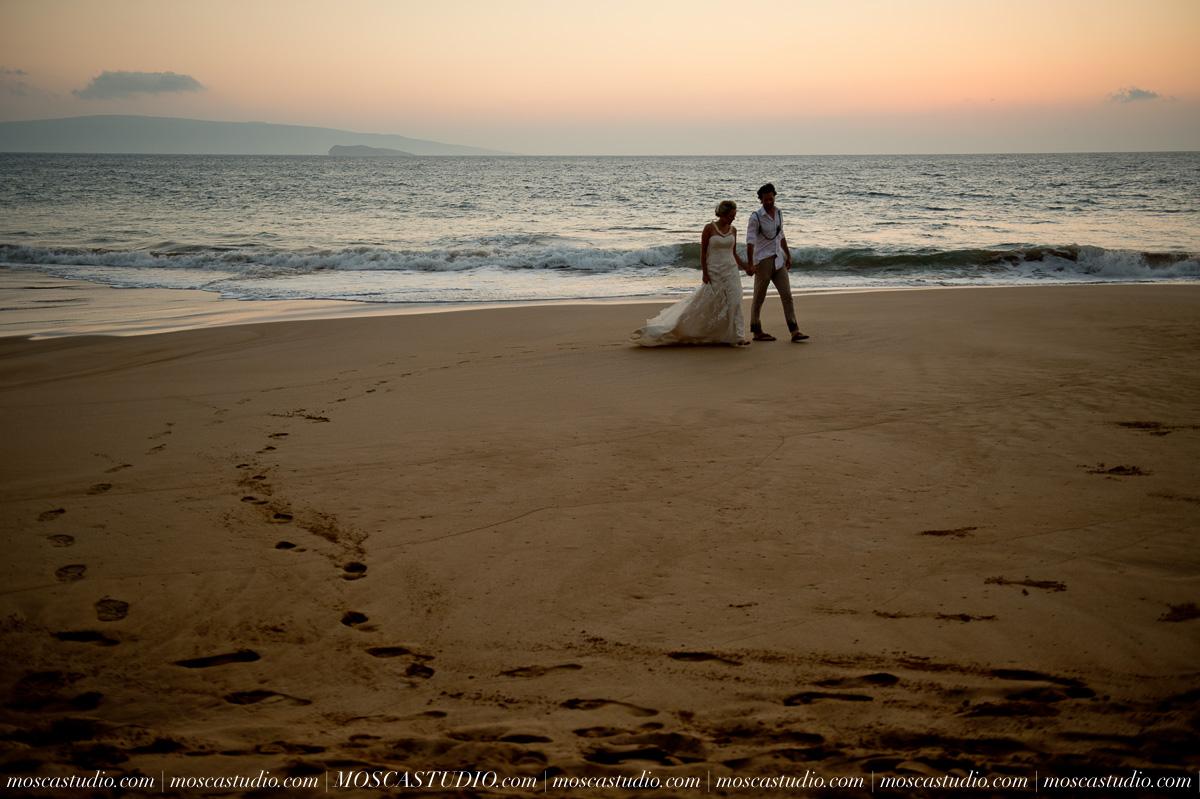 00591-MoscaStudio-AprilRyan-Maui-Hawaii-Wedding-Photography-20151009-SOCIALMEDIA.jpg