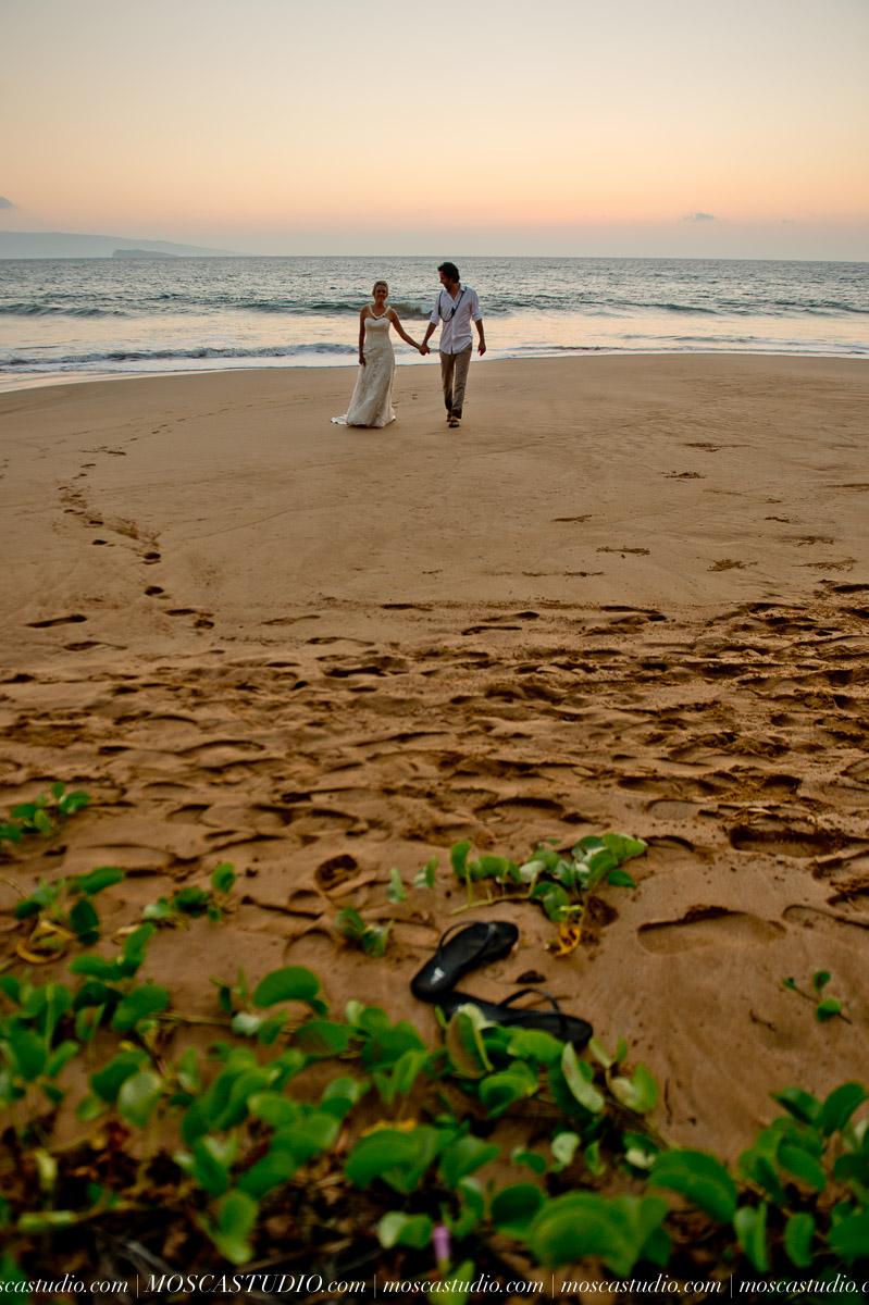 00593-MoscaStudio-AprilRyan-Maui-Hawaii-Wedding-Photography-20151009-SOCIALMEDIA.jpg