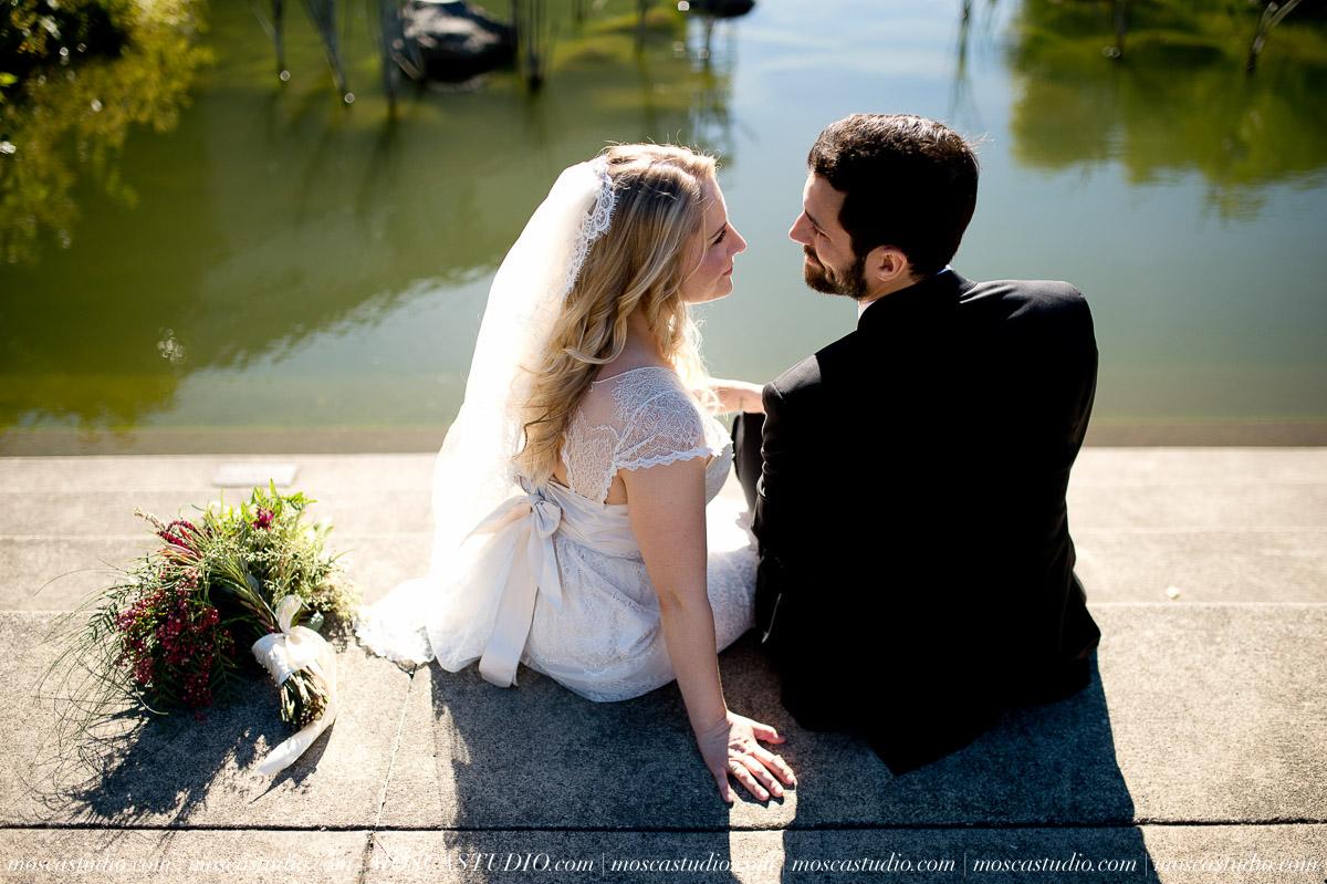 00251-moscastudio-lake-oswego-wedding-20160924-SOCIALMEDIA.jpg