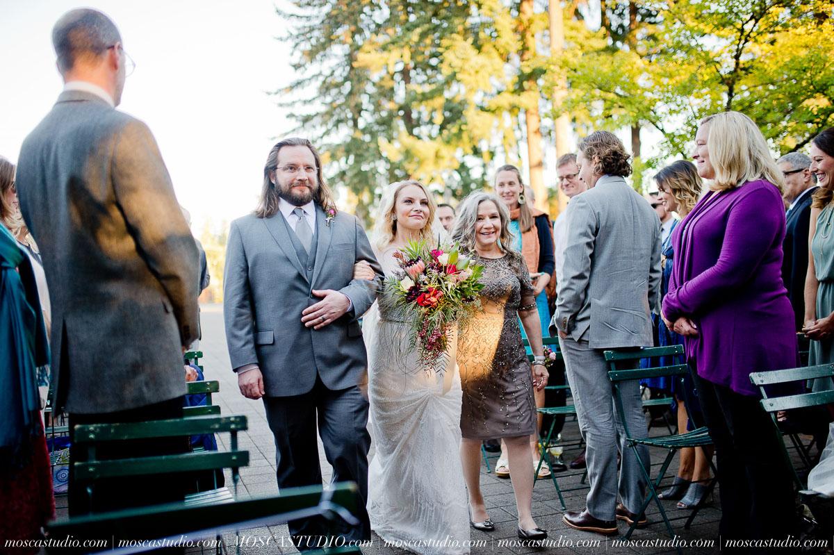 00638-moscastudio-lake-oswego-wedding-20160924-SOCIALMEDIA.jpg
