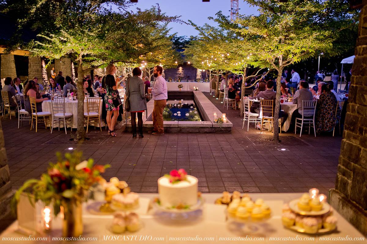 00957-moscastudio-lake-oswego-wedding-20160924-SOCIALMEDIA.jpg