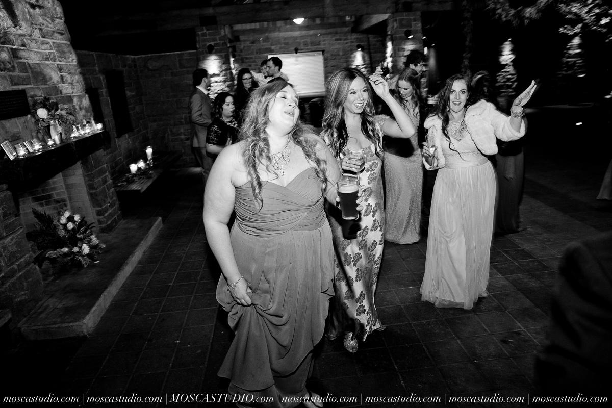 01199-moscastudio-lake-oswego-wedding-20160924-SOCIALMEDIA.jpg