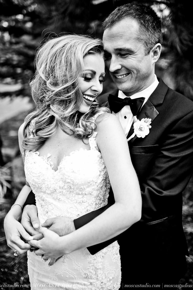 00790-moscastudio-kellyryan-sunriver-resort-wedding-20160917-SOCIALMEDIA.jpg