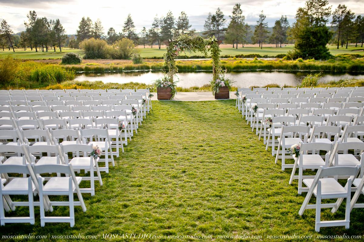 01143-moscastudio-kellyryan-sunriver-resort-wedding-20160917-SOCIALMEDIA.jpg