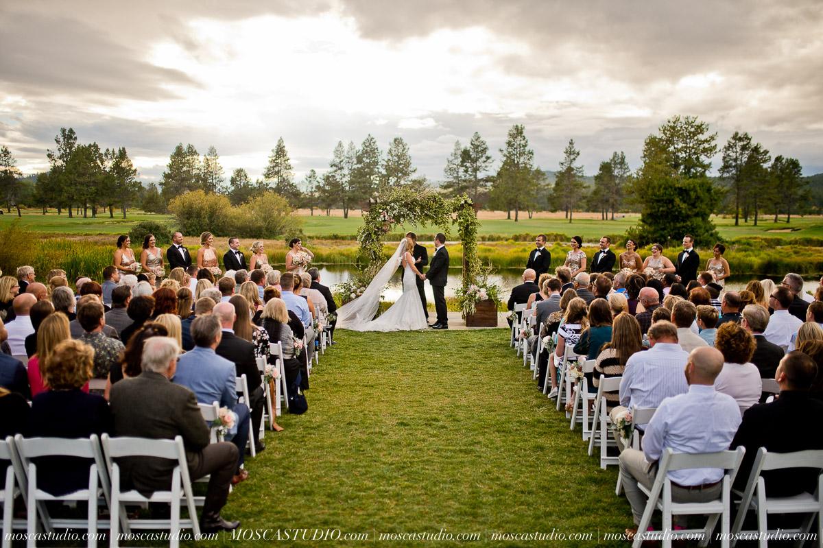 01372-moscastudio-kellyryan-sunriver-resort-wedding-20160917-SOCIALMEDIA.jpg