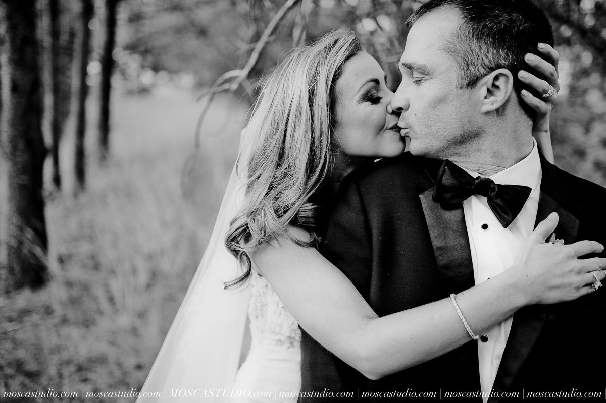 01635-moscastudio-kellyryan-sunriver-resort-wedding-20160917-SOCIALMEDIA.jpg