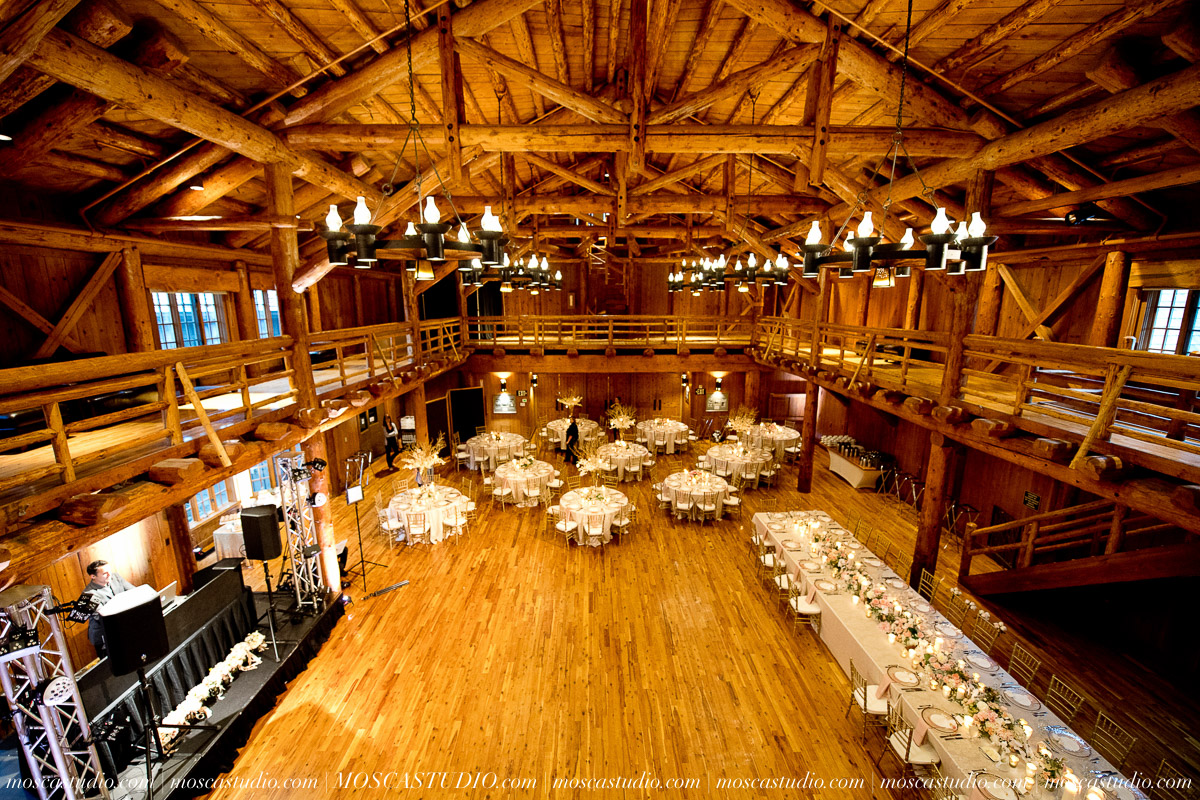 01731-moscastudio-kellyryan-sunriver-resort-wedding-20160917-SOCIALMEDIA.jpg