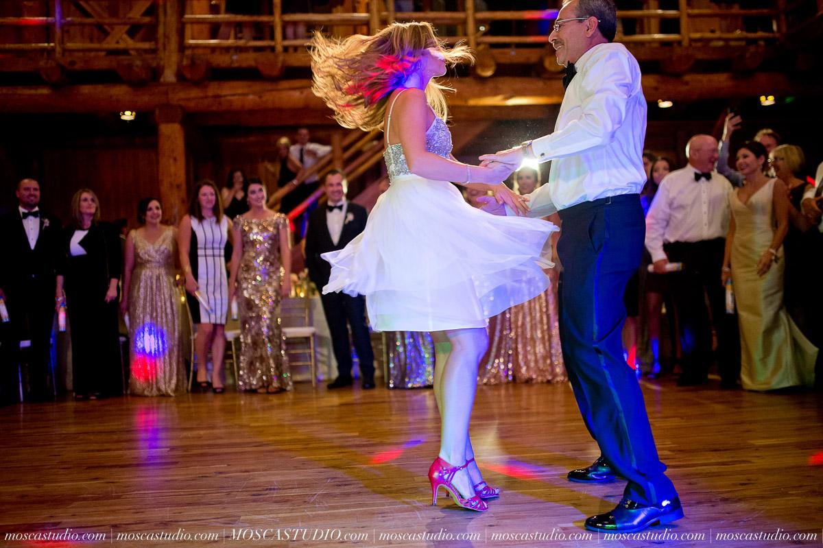02055-moscastudio-kellyryan-sunriver-resort-wedding-20160917-SOCIALMEDIA.jpg