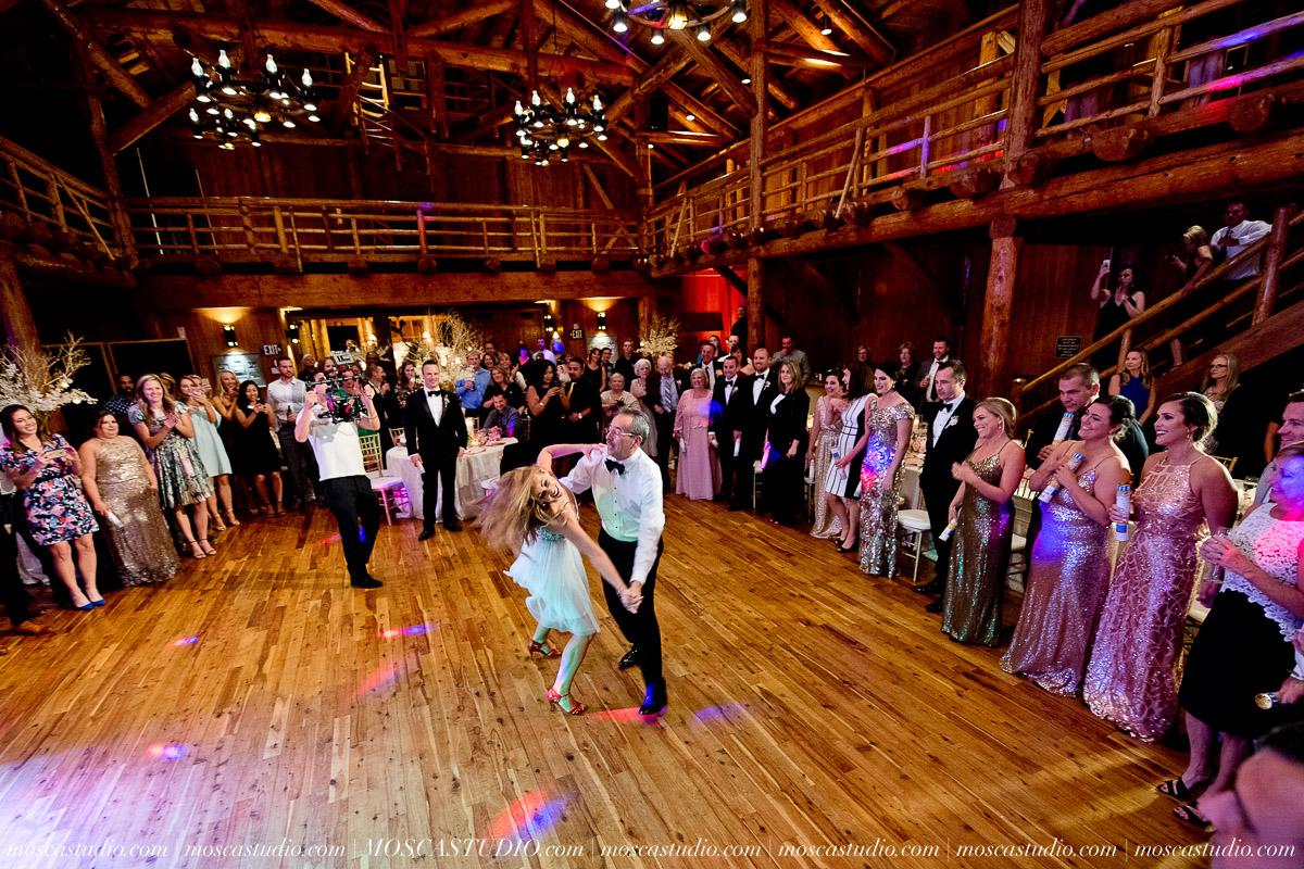02047-moscastudio-kellyryan-sunriver-resort-wedding-20160917-SOCIALMEDIA.jpg