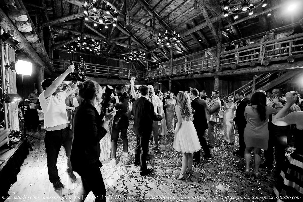 02165-moscastudio-kellyryan-sunriver-resort-wedding-20160917-SOCIALMEDIA.jpg