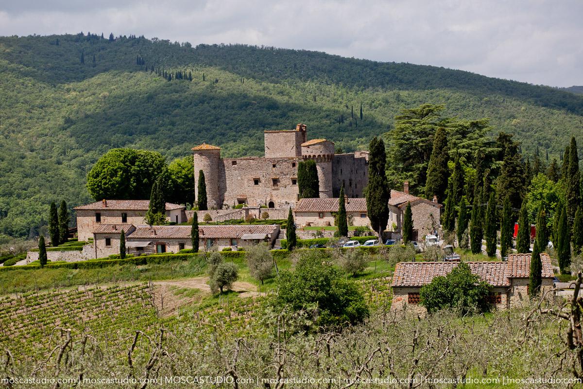 00010-moscastudio-castello-di-meleto-20180512-wedding-preview-online.jpg