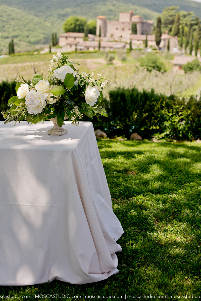 00011-moscastudio-castello-di-meleto-20180512-wedding-preview-online.jpg