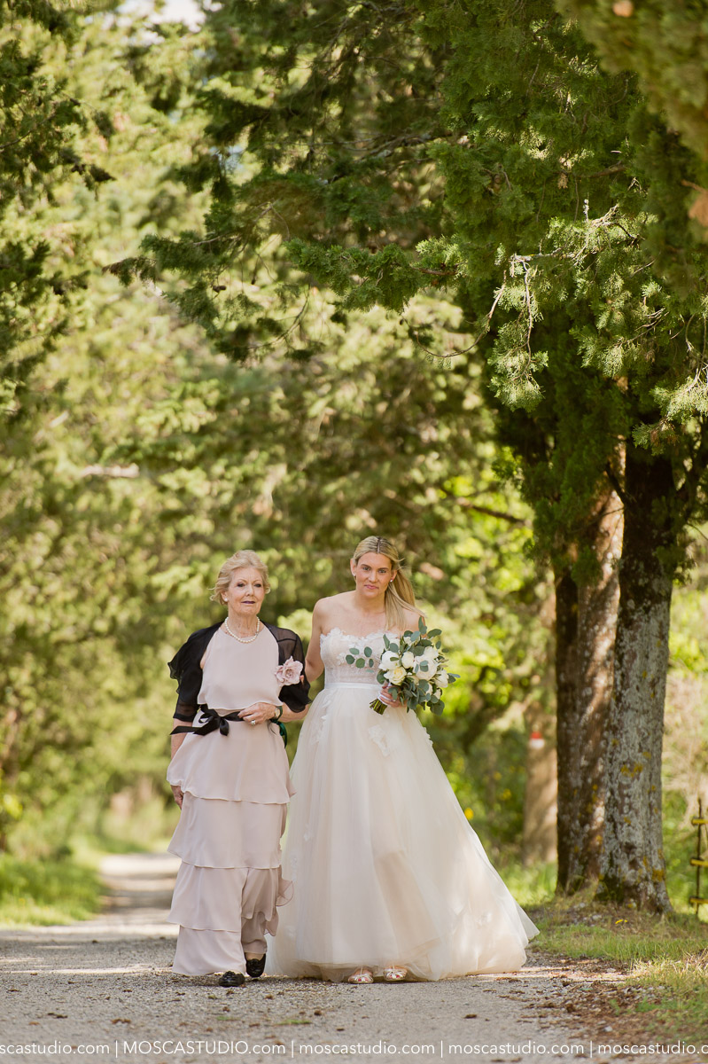 00055-moscastudio-castello-di-meleto-20180512-wedding-preview-online.jpg