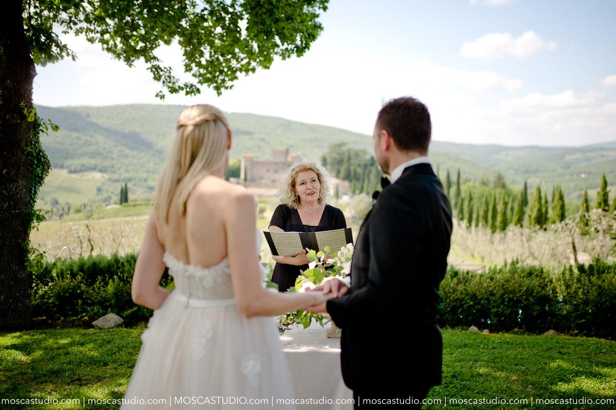 00058-moscastudio-castello-di-meleto-20180512-wedding-preview-online.jpg