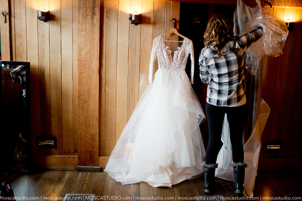 00125-moscastudio-meghan-james-silcox-hut-wedding-20190111-PRINT.jpg