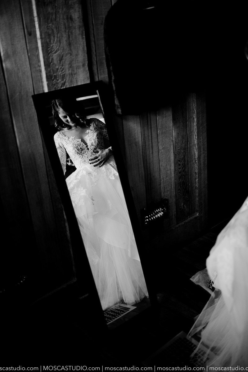00146-moscastudio-meghan-james-silcox-hut-wedding-20190111-PRINT.jpg