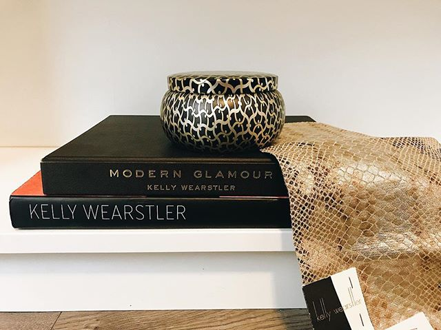 Kelly Wearstler is always a #mood 🎨 We have pillows being designed for a client in her Serpent Natural printed linen, and excited would be an understatement! 🐍