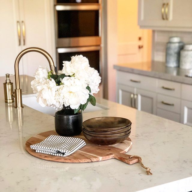 A snapshot from our photo shoot this morning, can't wait to share more photos of this home! We started working with these clients last summer and have gotten to see this project come to life from the ground up 💕
