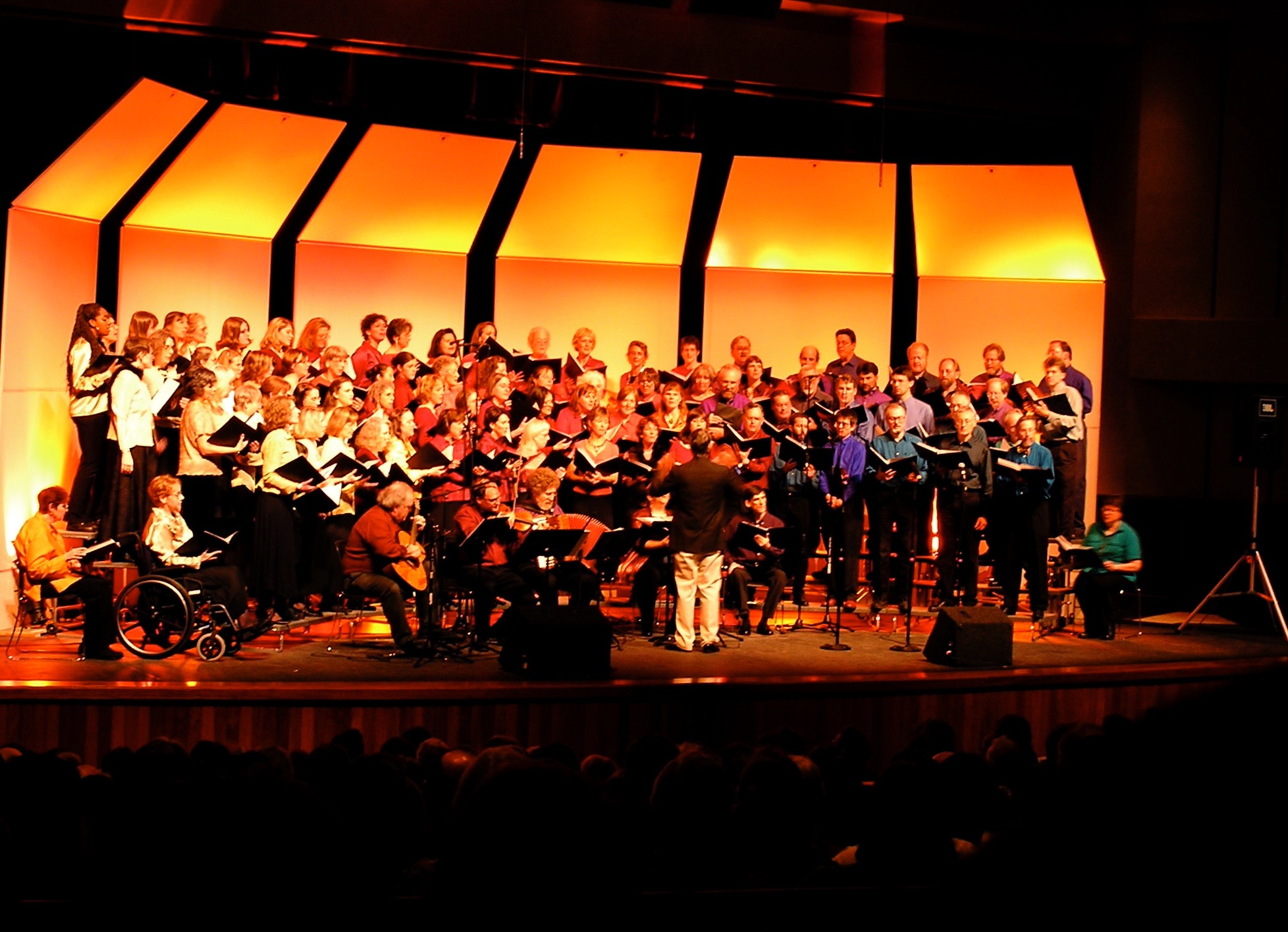 Kulshan Chorus Concert - 2004 - French Chanson; Directed by Roger Griffith