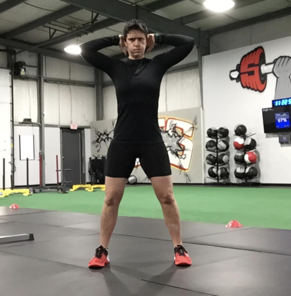 This is how you perform a Bonnie Raitt squat….