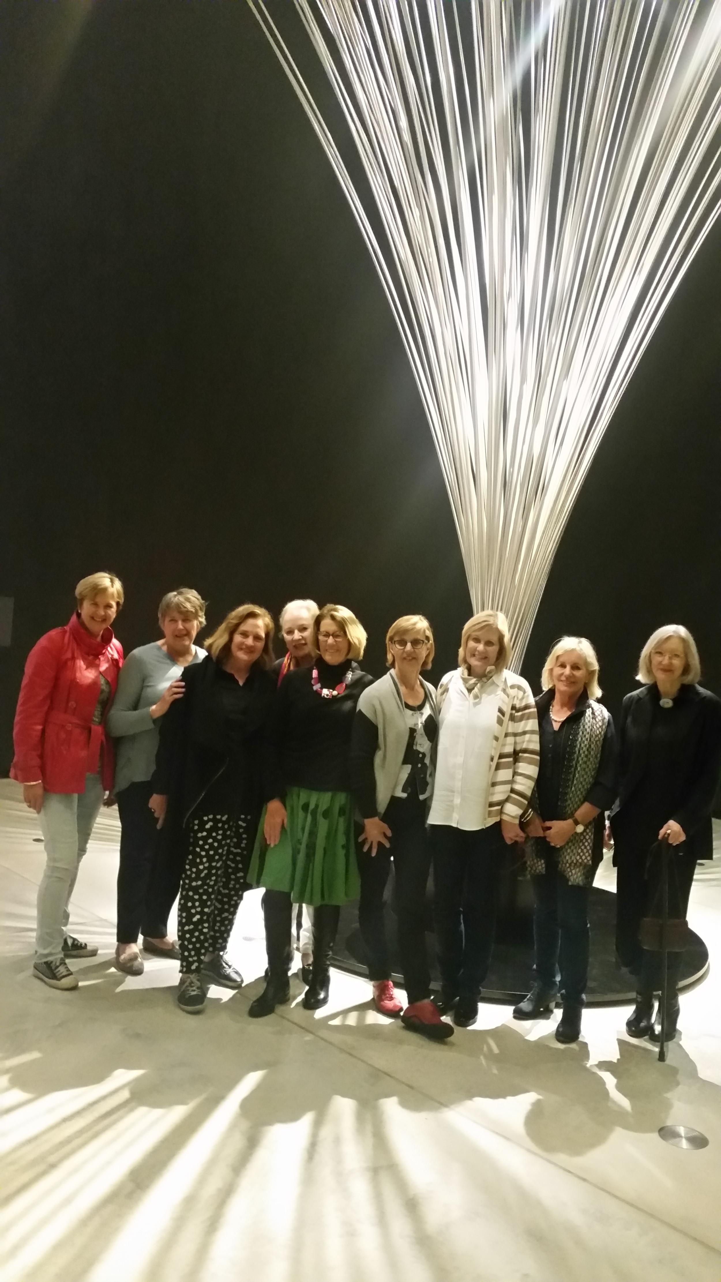 Et Alia art group and Lesley Kreisler with large Len Lye Fountain
