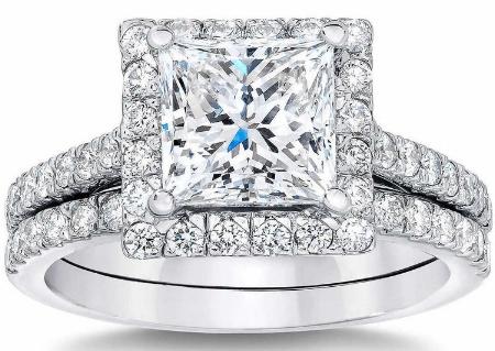 Princess+Cut+2.27+ctw+VS2+Clarity,+G+Color+Diamond+Platinum+Halo+Wedding+Set+1.jpg