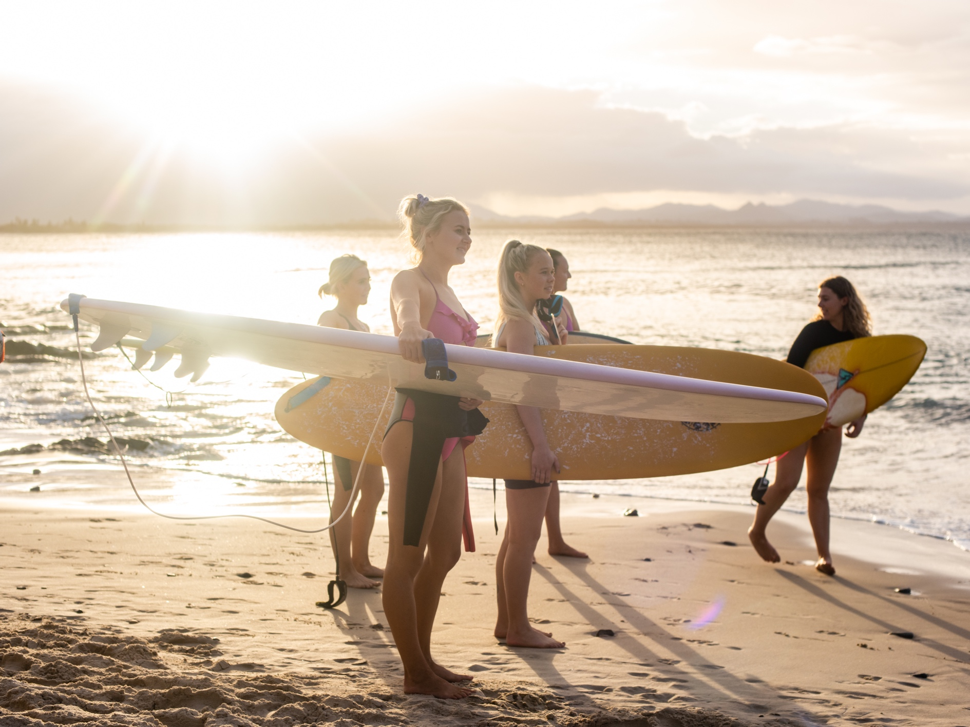 BYRON BAY WOMEN SURF FITNESS CAMP  May 20'