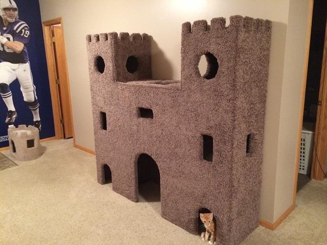 DIY-Plywood-Cat-Castle1.jpg