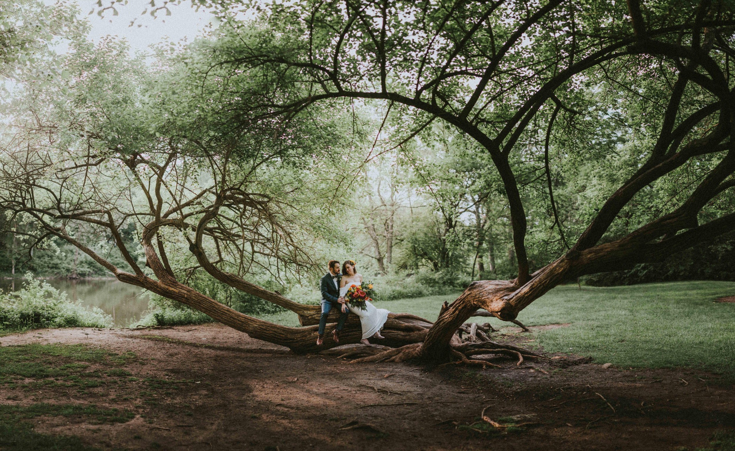 CHRIS & EMILY - INTIMATE GARDEN STYLE WEDDING