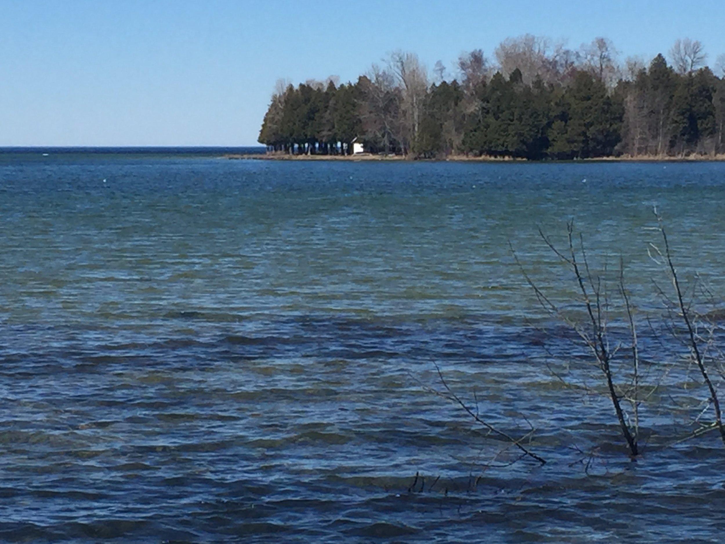 April 19 - All clear in Figenschau Bay.