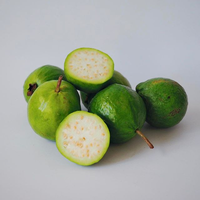 Guavas are a tough fruit to get your hands on! So pop in to @localcrop soon the snap up the few that we left remaining after spying these beauties! Some perfectly ripe and some firmer ready to ripen on the counter. Look for flesh that has a little give, slice in half and scoop out with a teaspoon to enjoy! 👇🏽Tag your favourite vegan in the comments below ⌨ Visit the link in our profile for the full guide to everything vegan in the Hunter Region! 🍡Tag @NewcastleVeganGuideAU or #newcastleveganguide in your snaps of great vegan products, services and food in The Hunter 🍉