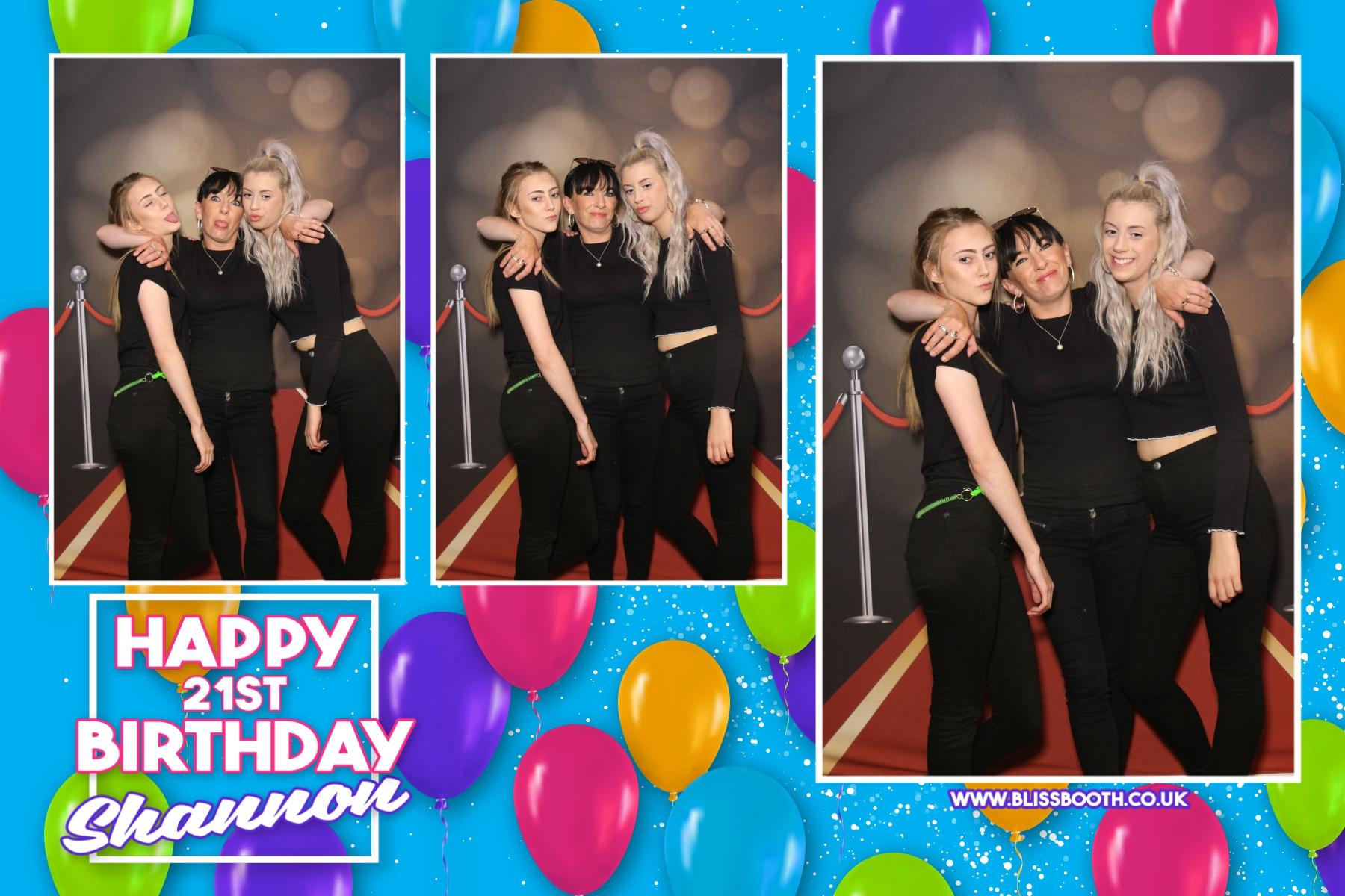 Shannons 21st birthday - Que Gardens Bradford - Magic Mirror Photo Booth