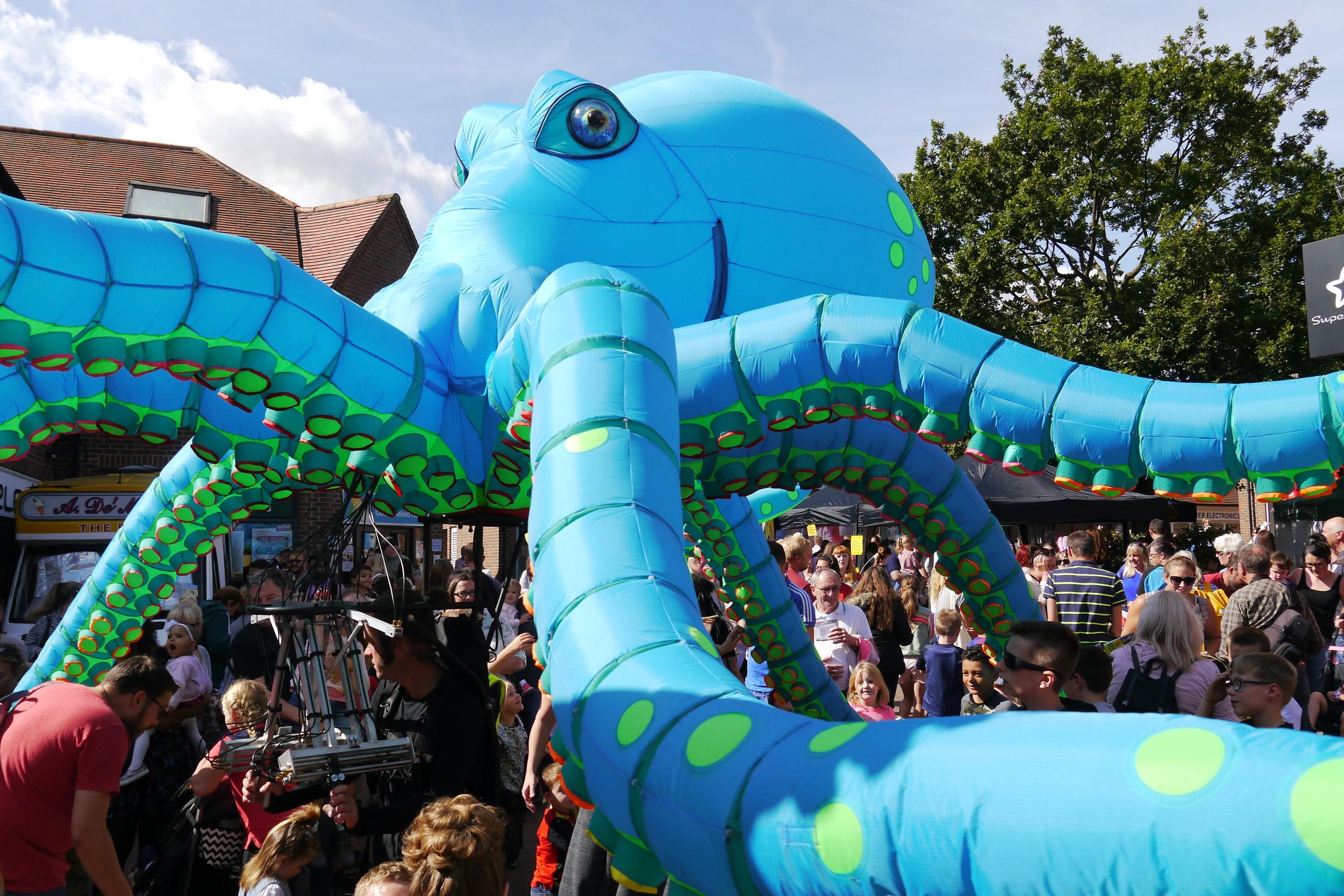 giant inflatable octopus #ochotheoctopus