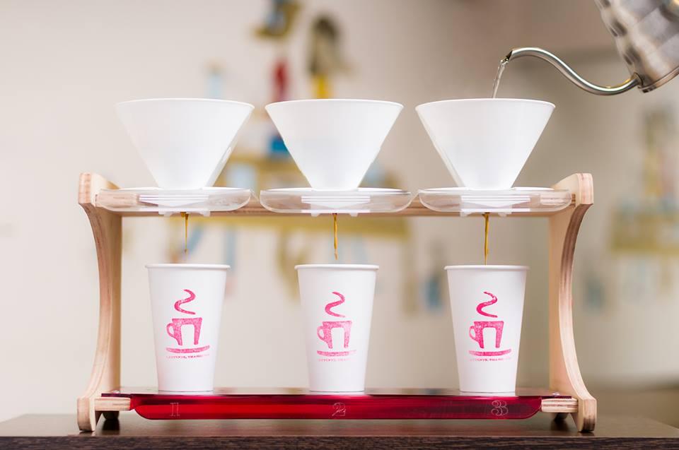 Lattente coffee shop - BA.jpg