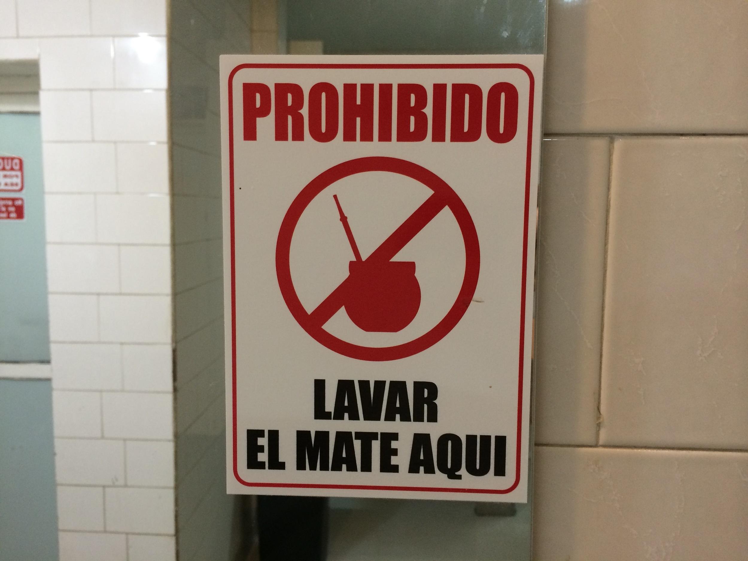 Pic 4 - mate sign.jpg