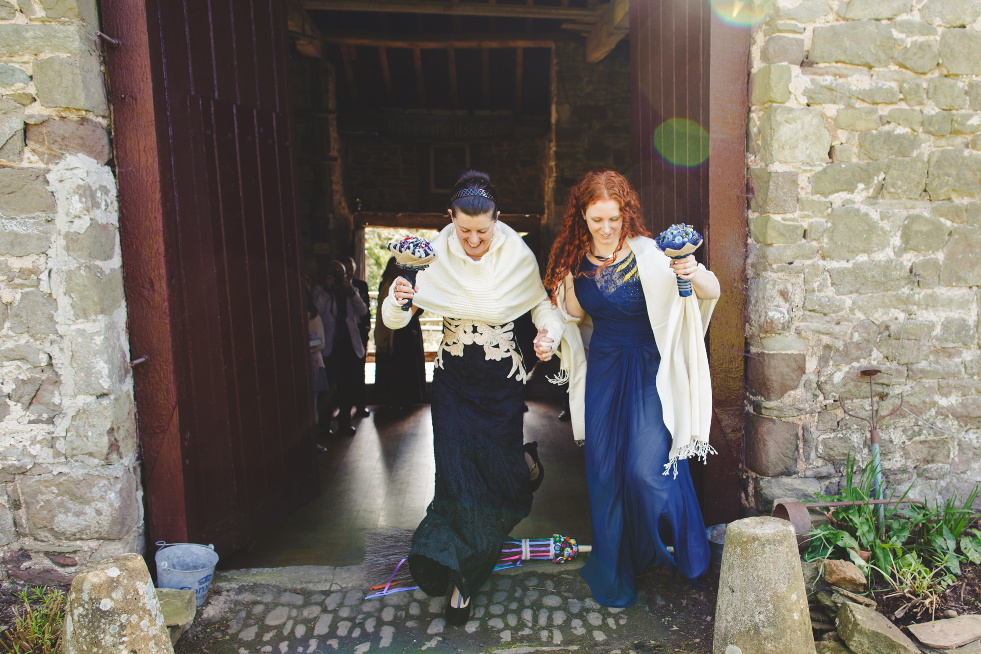 usk-castle-alternative-wedding-photographer-uk-camera-hannah-6.jpg