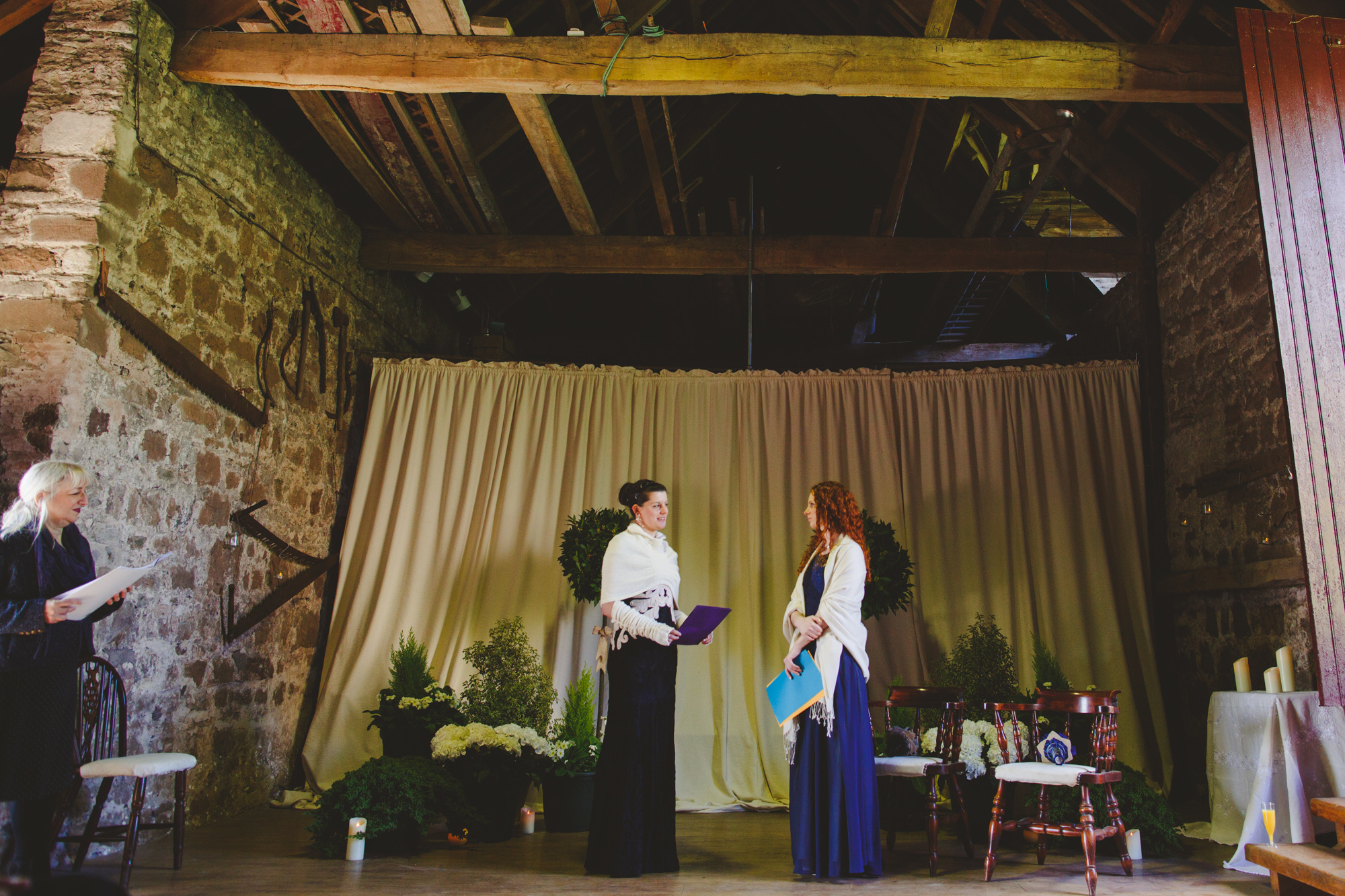 usk-castle-alternative-wedding-photographer-uk-camera-hannah-5.jpg