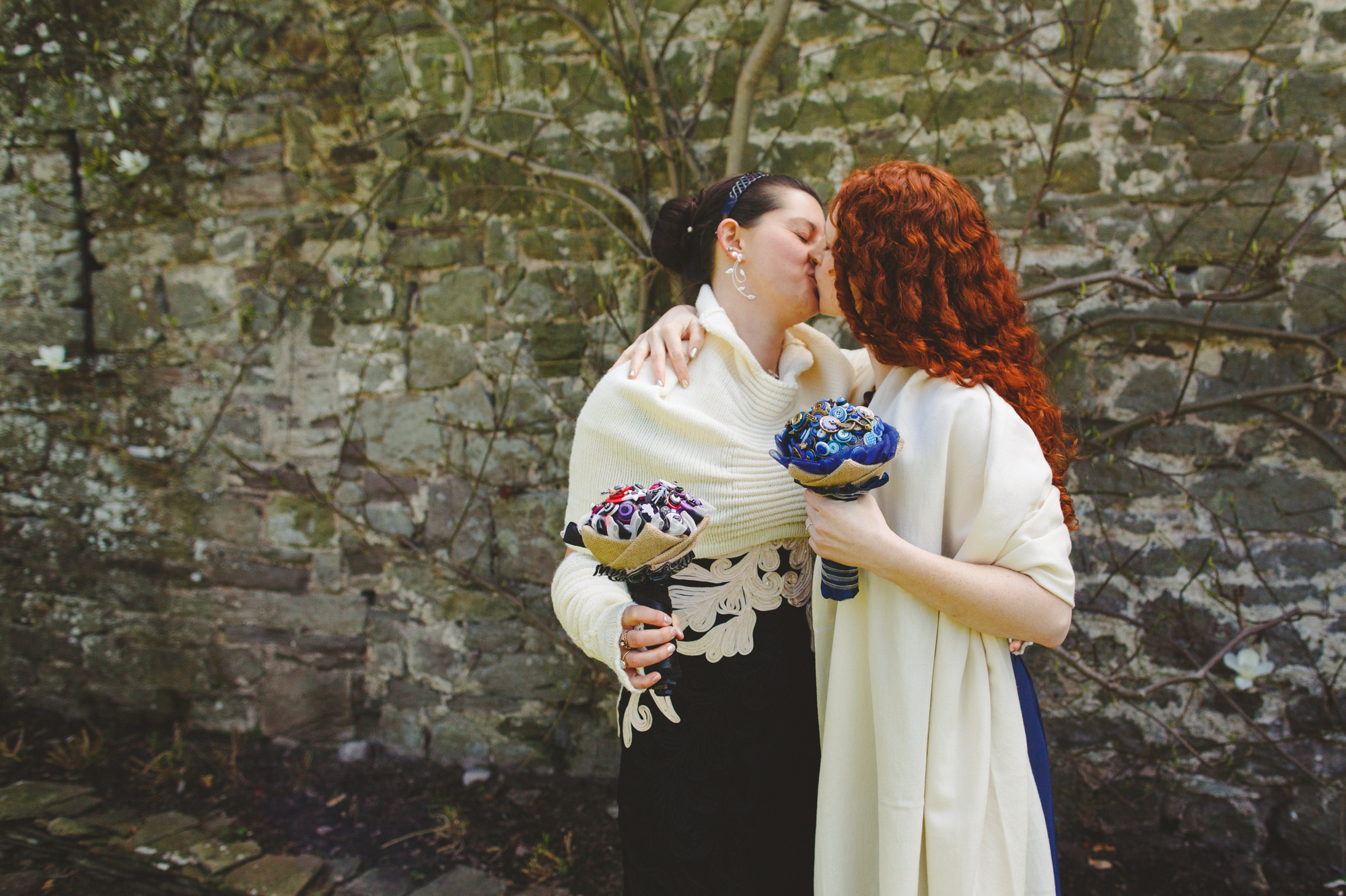 usk-castle-alternative-wedding-photographer-uk-camera-hannah-7.jpg