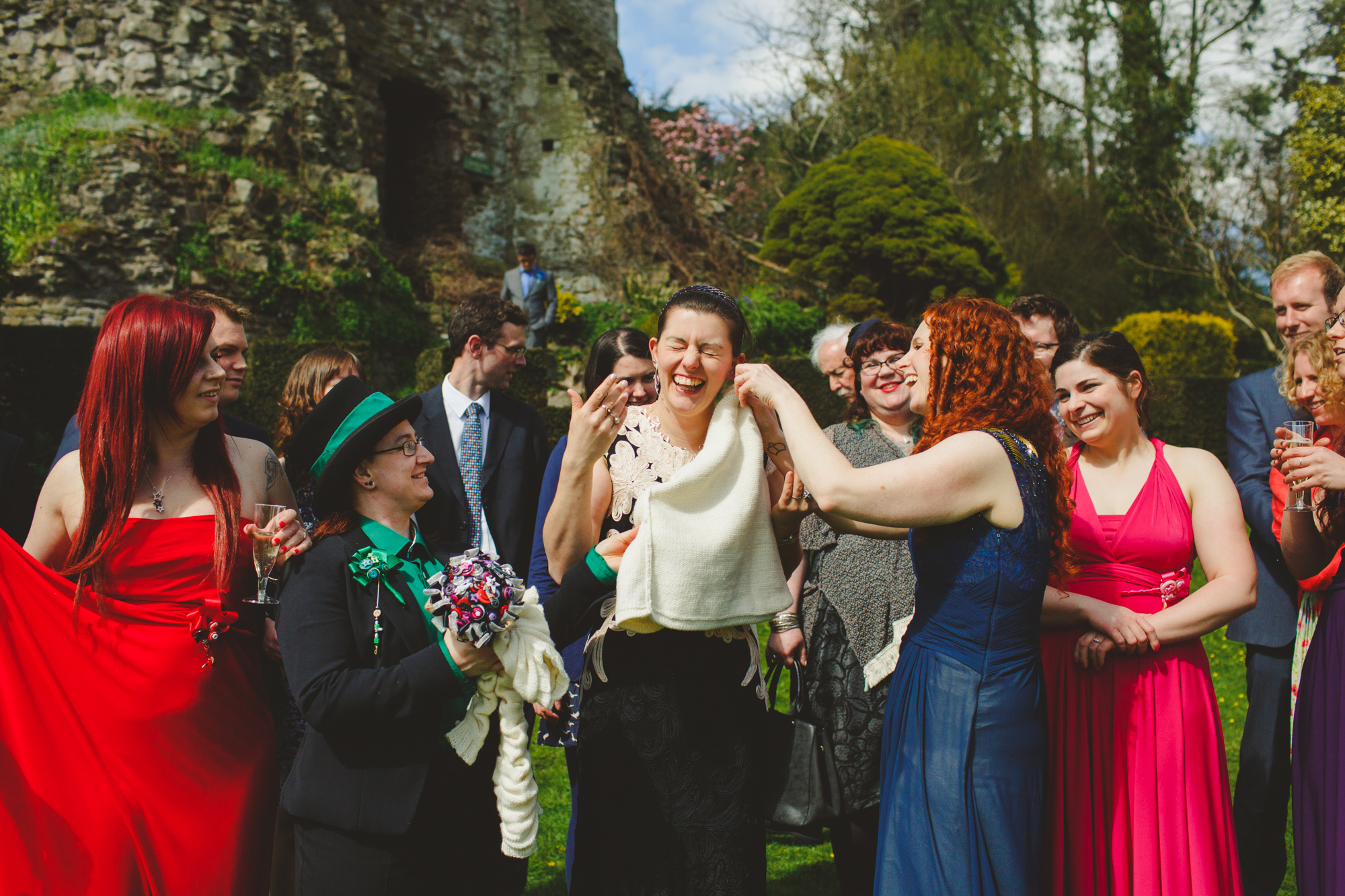 usk-castle-alternative-wedding-photographer-uk-camera-hannah-10.jpg