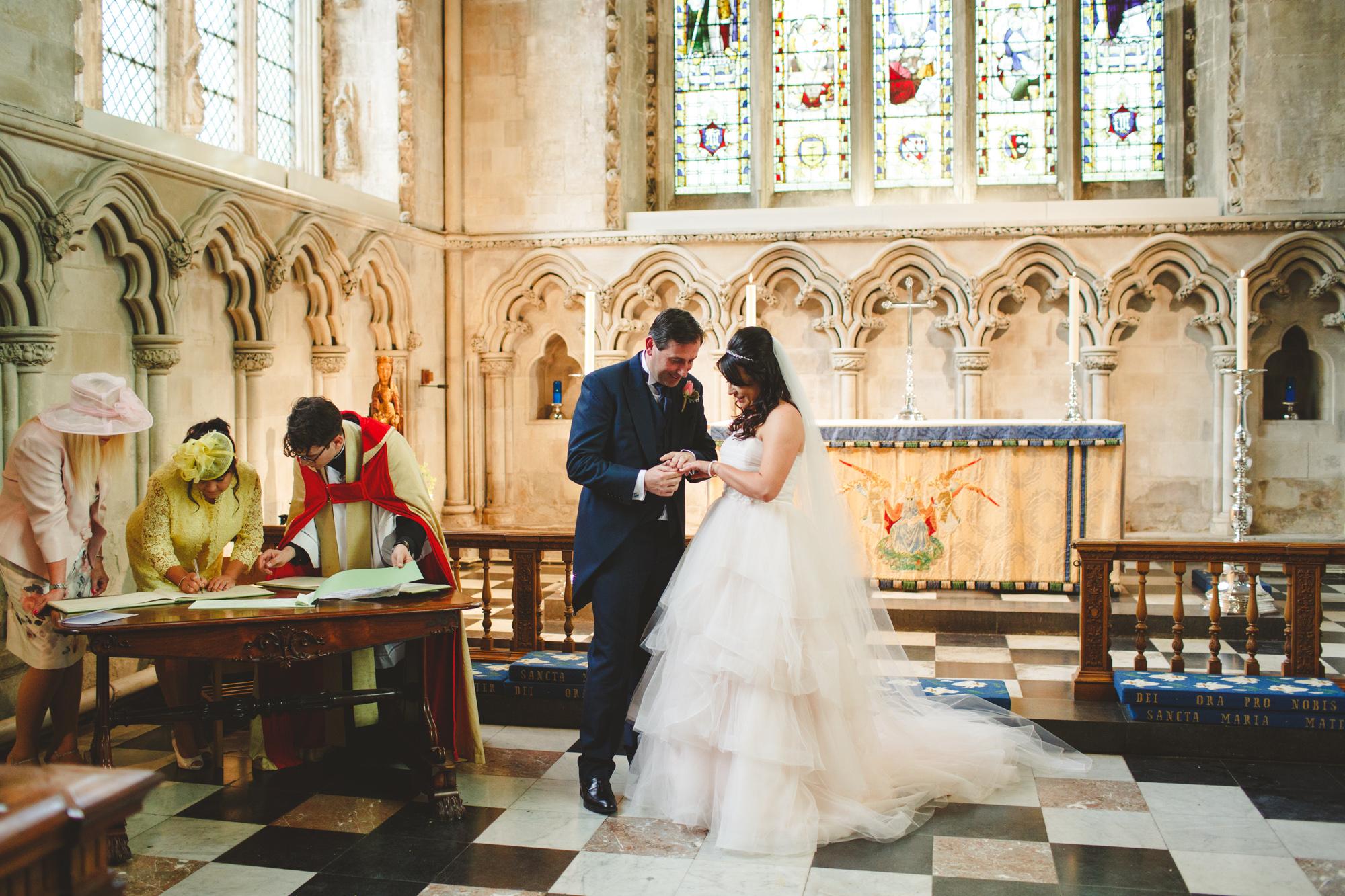 alternative-wedding-photographer-uk-camera-hannah-8.jpg