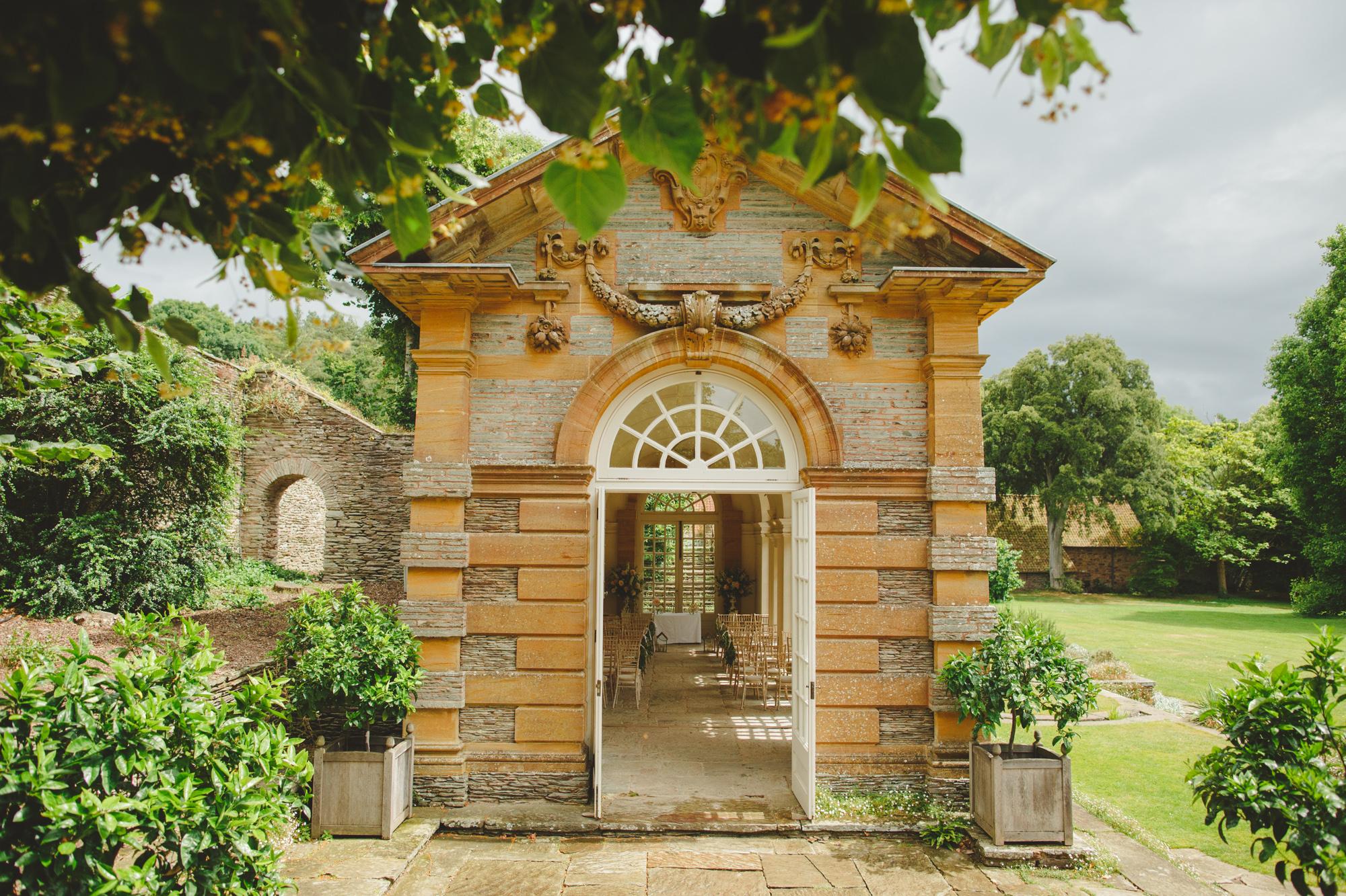 hestercombe-taunton-wedding-photography-camera-hannah-3.jpg