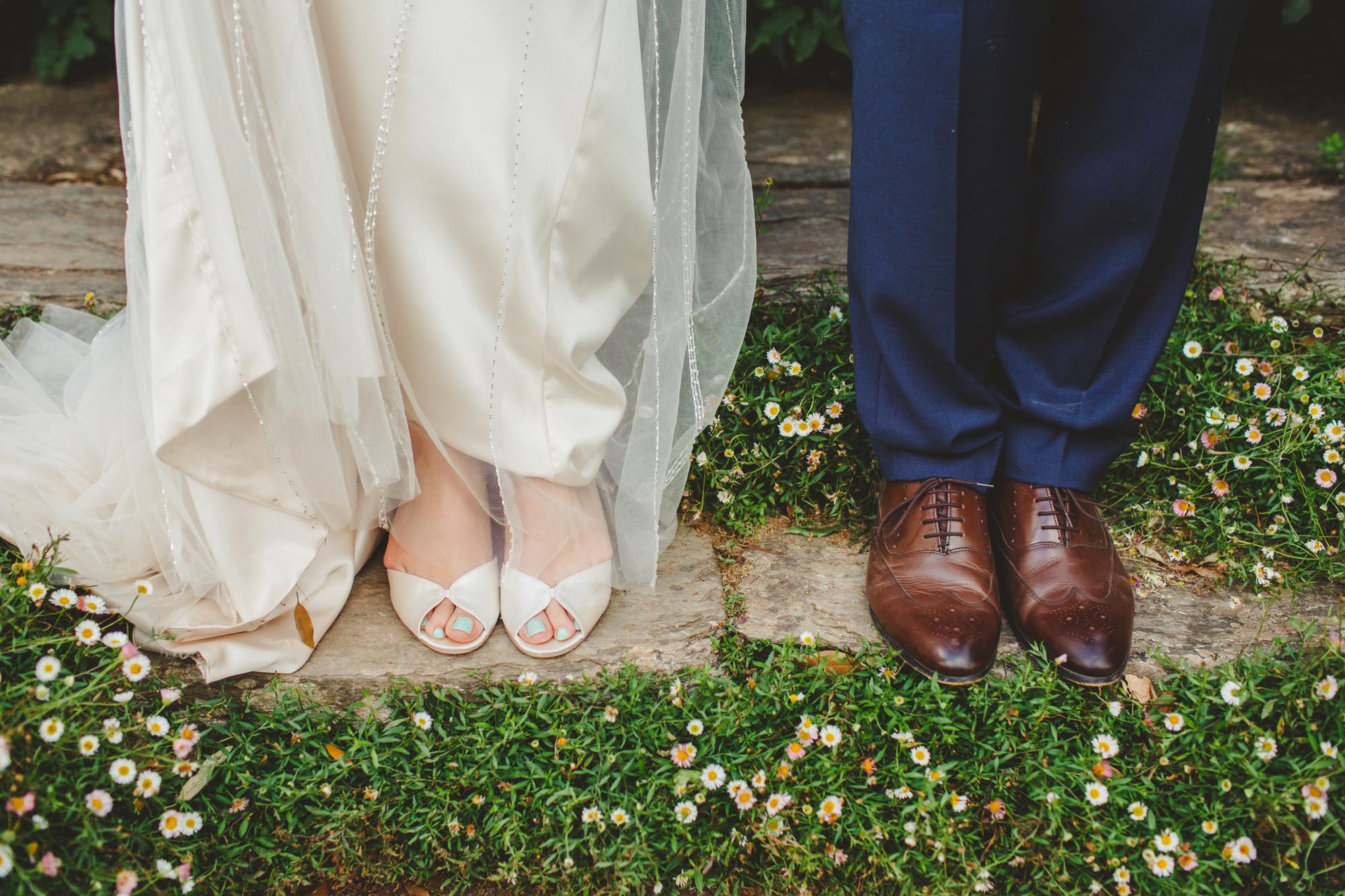 hestercombe-taunton-wedding-photography-camera-hannah-17.jpg