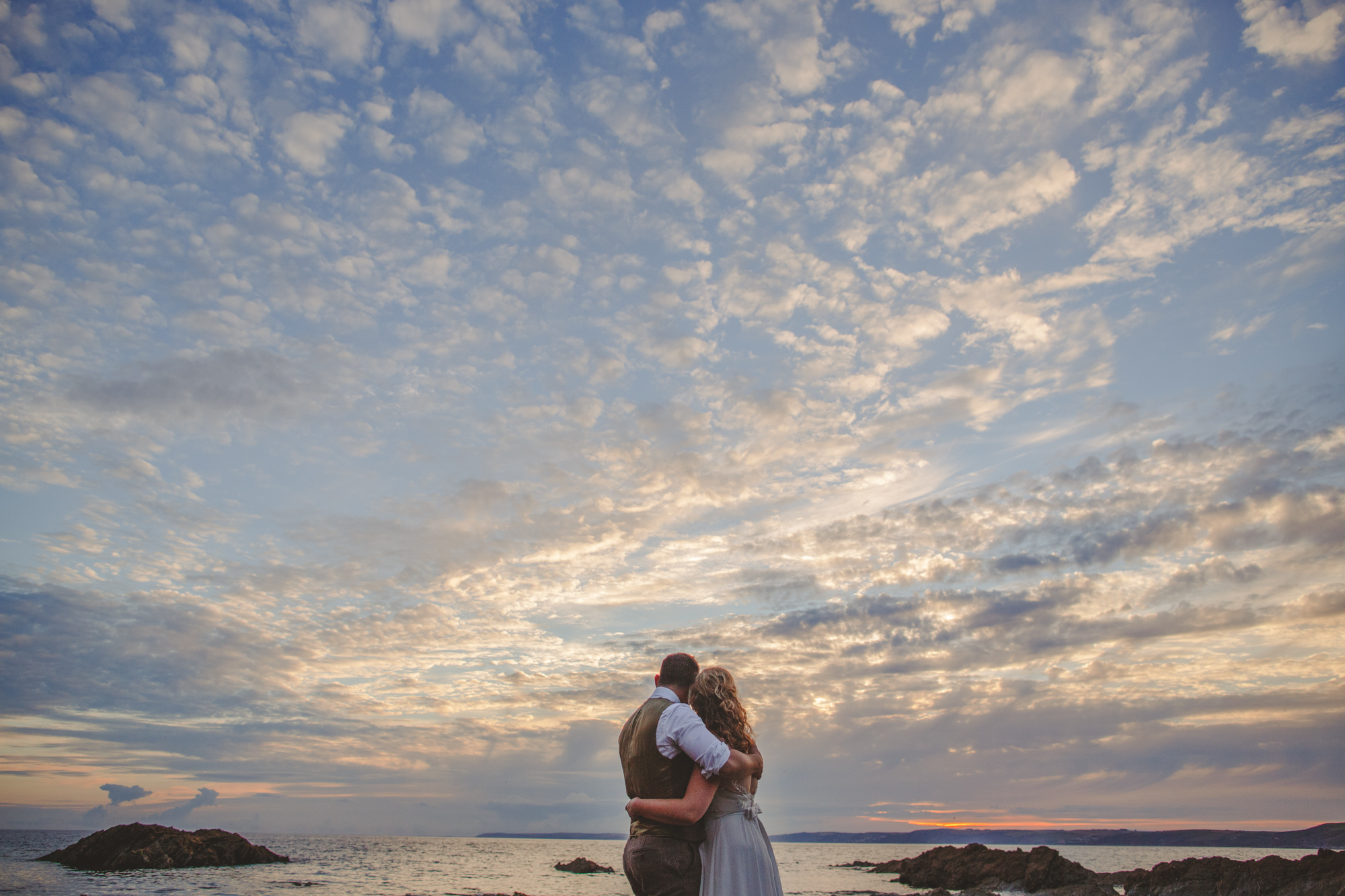 cornwall-alternative-wedding-photographer-beach-wedding-19.jpg