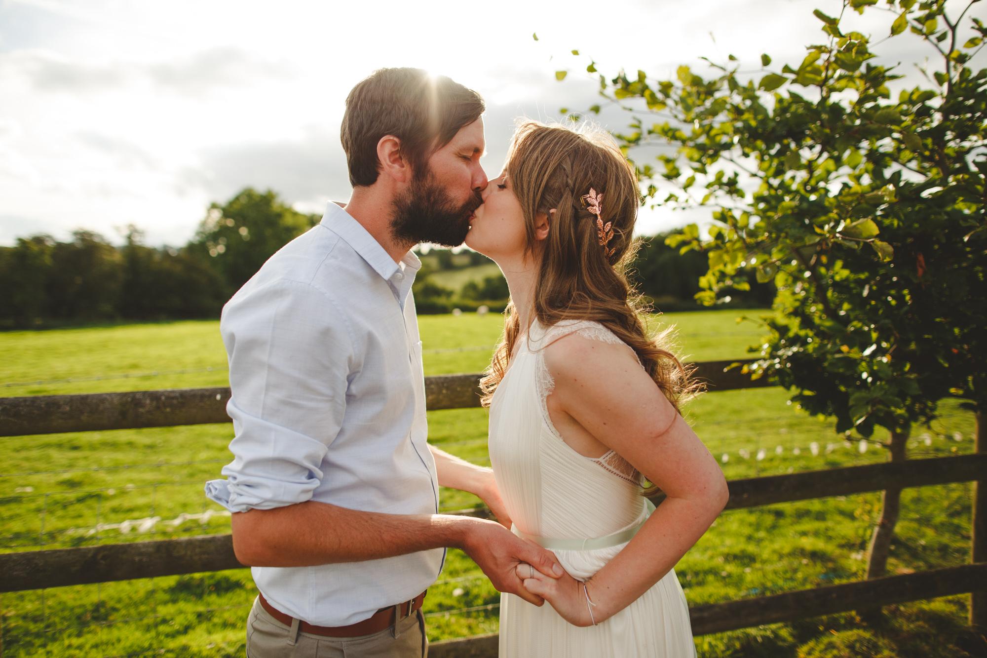 derbyshire-wedding-photographer-filmmaker-carsington-water--16.jpg
