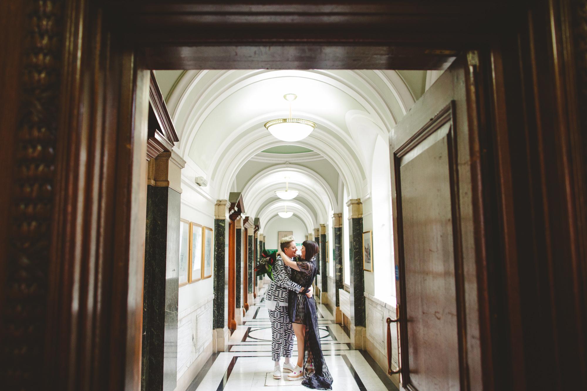 LONDON-wedding-photography-alternative--8.jpg
