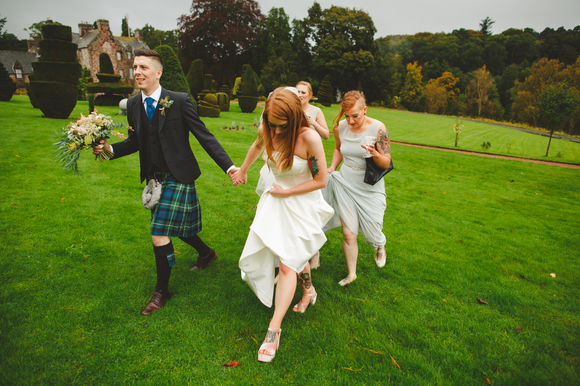 alternative-wedding-photographer-uk-camera-hannah-9.jpg