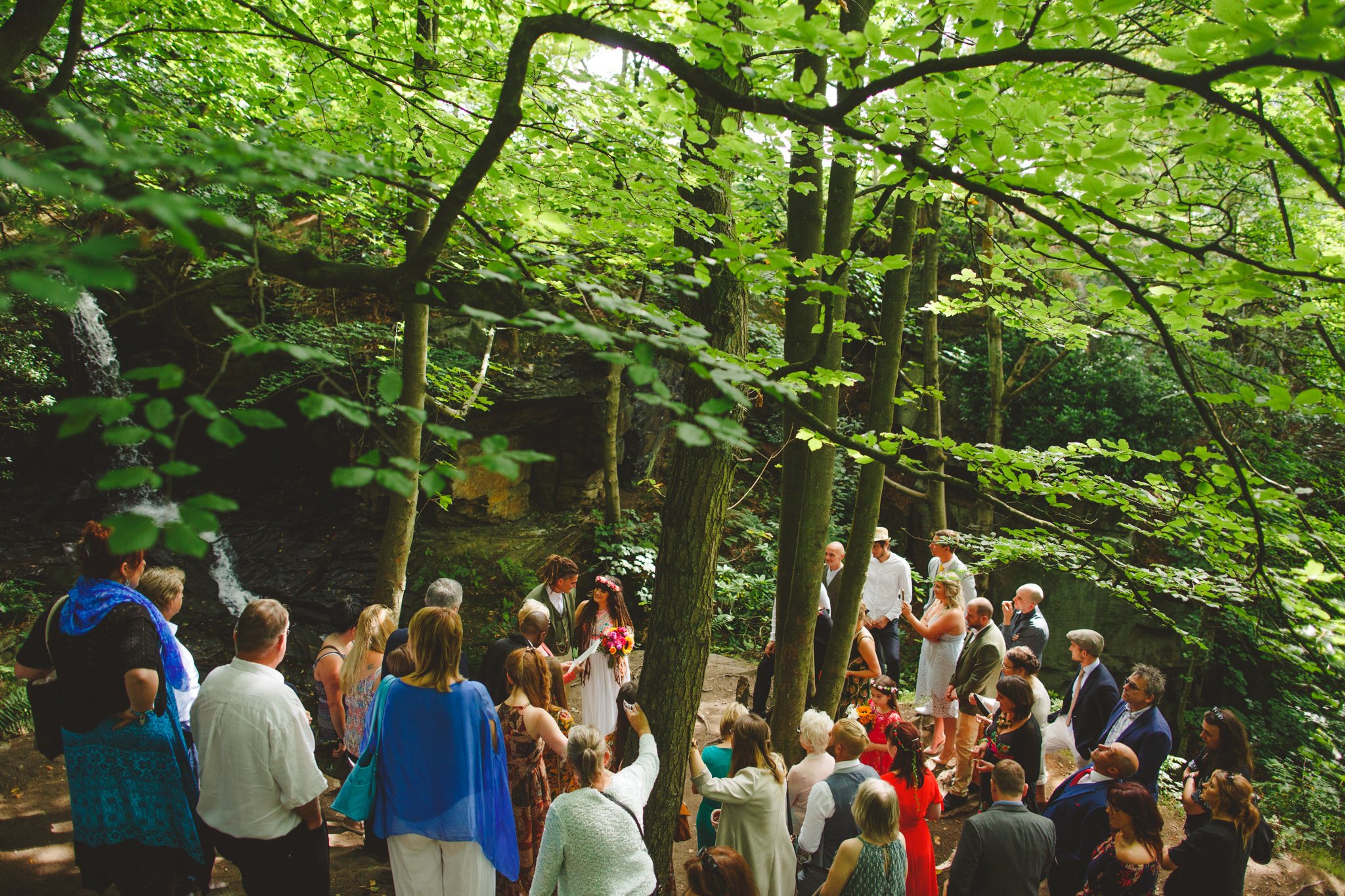 quirky-wedding-photography-camera-hannah-33.jpg