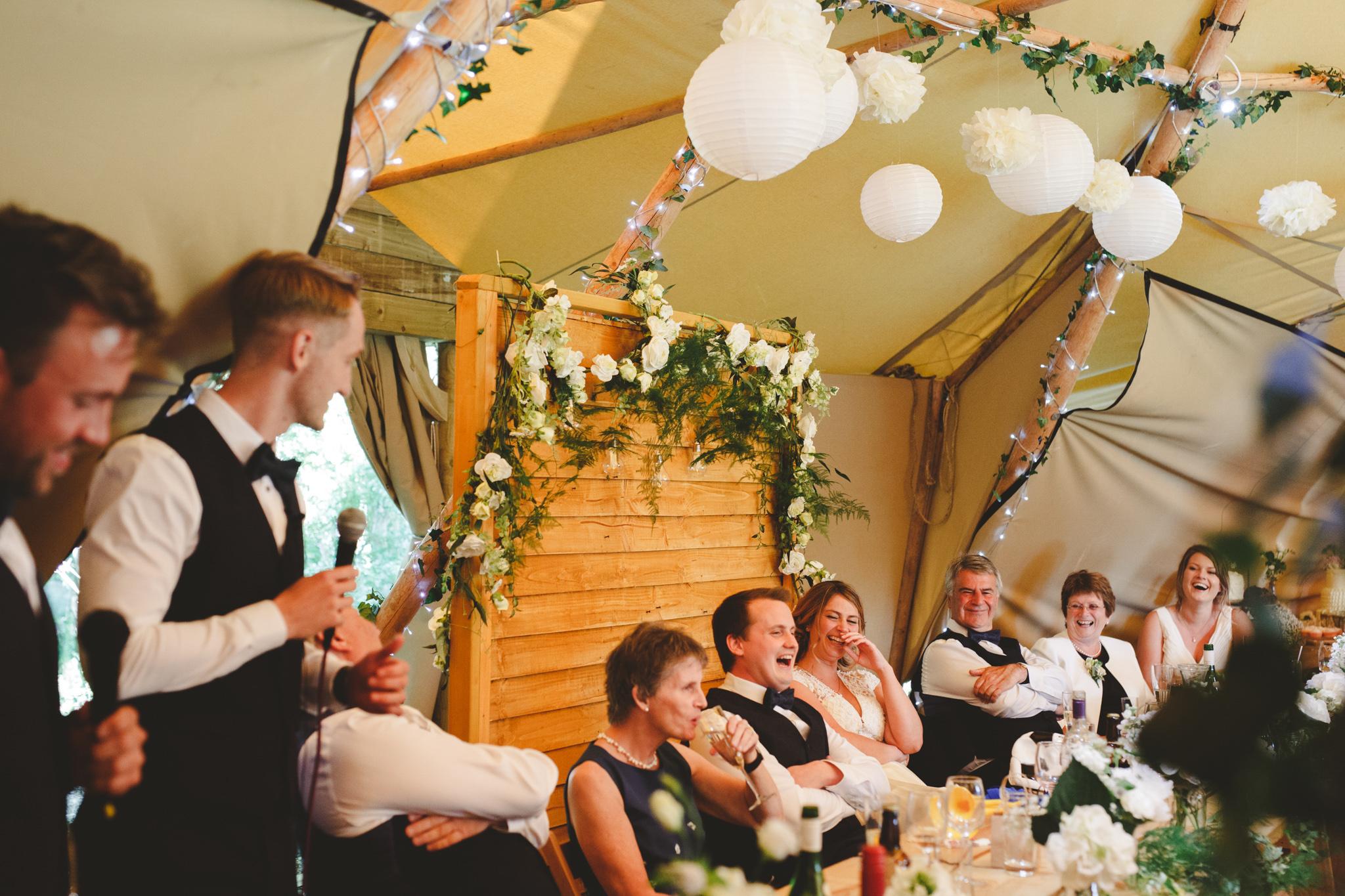 quirky-wedding-photography-camera-hannah-37.jpg