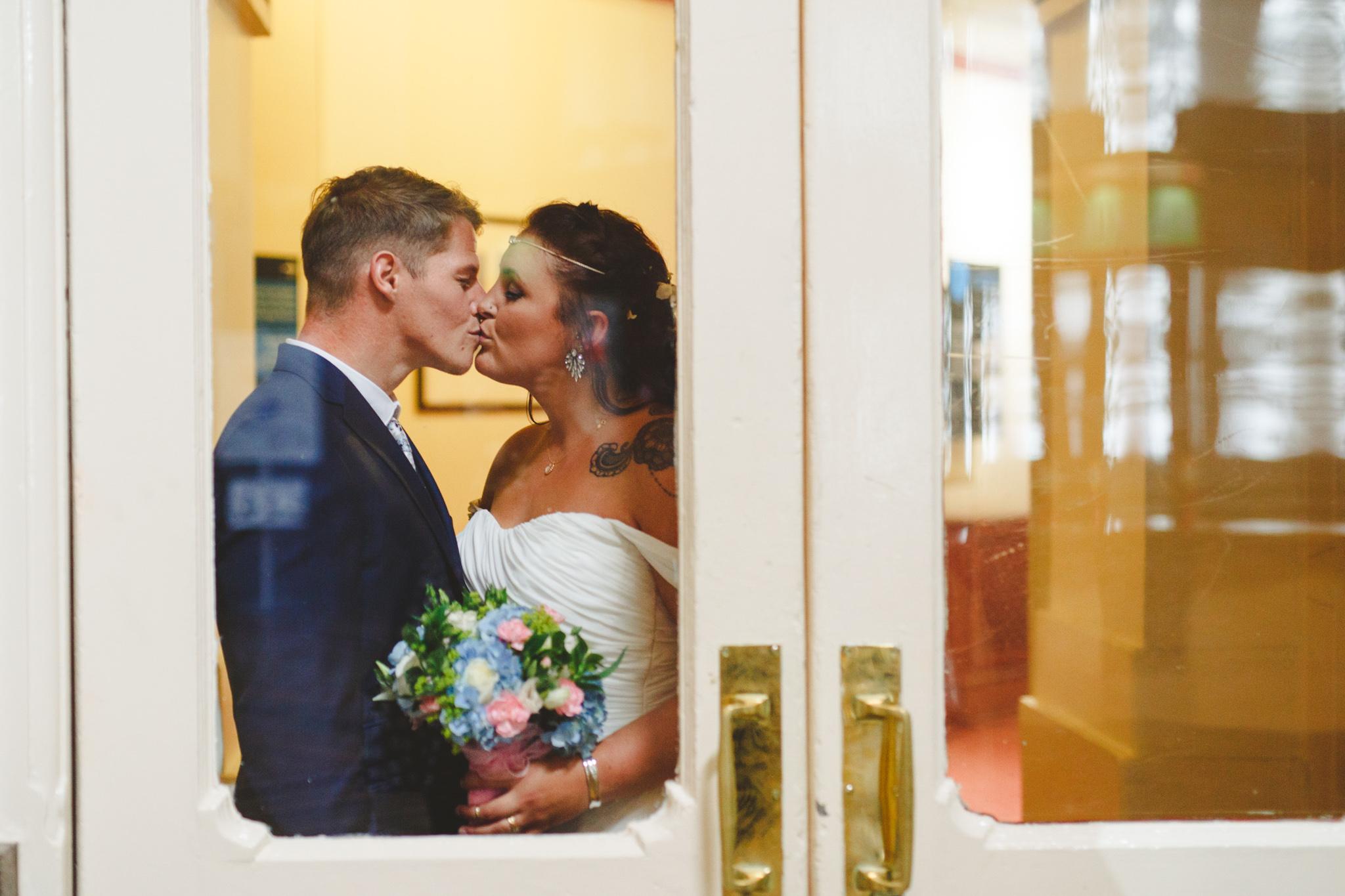 quirky-wedding-photography-camera-hannah-48.jpg