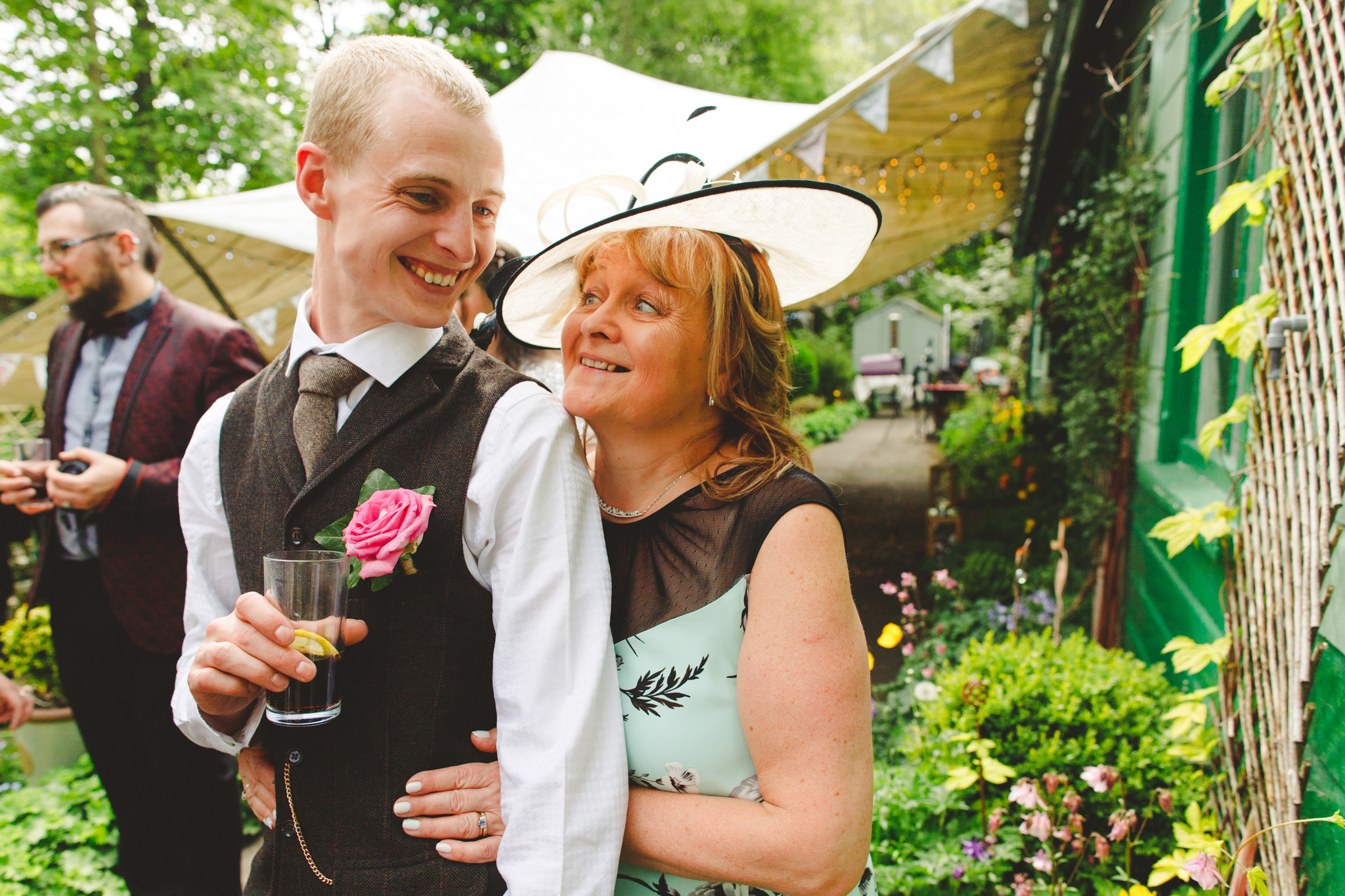 derbyshire-wedding-photographer-videographer-camera-hannah-25.jpg